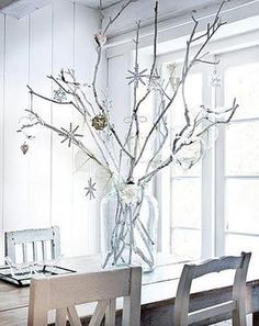 Scandinavian Christmas Style, always serene and often understated, can bring timeless elegance to your home during Christmas time. Christmas Love, Winter Christmas, All Things Christmas, Minimal Christmas, Christmas Branches, Christmas Feeling, Natural Christmas, White Twig Christmas Tree, White Twig Tree