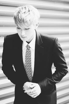 Tao with blonde hair. In. A. Freaking. Suit. Tao was born to wear suits