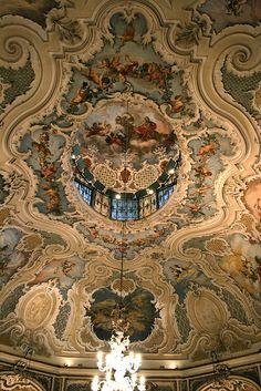 Bellissimo soffitto a Palazzo Biscari - metà del 18 ° secolo - Sicilia Italia # catania # sicily # sicilia