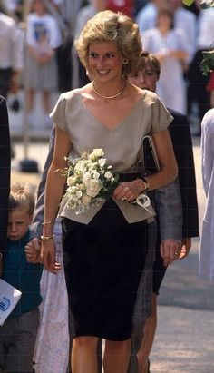 Princess Diana really was a beautiful woman. How sad her life ended as it did- but she left a great legacy in her sons