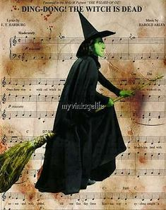 Wizard Wicked Witch of West OZ Quilting Fabric Block Wizard Of Oz Movie, Image Gifts, Saturday Morning Cartoons, Yellow Brick Road, Wicked Witch, The Wiz, Wonderful Images, Art Images, Quilting Fabric