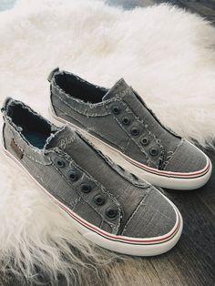 2b7b2edaa0301b Blowfish Washed Linen Laceless Sneaker