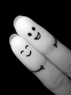 A Finger couple hug! Lol..