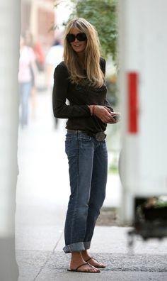 Boyfriend Jeans Rolled, Henley Top, Flip Flops, Belt - Elle Macpherson