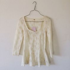 Free People Lace Peplum Top Such an adorable top!~ New with tags and size XS  Free People Tops