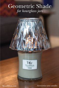 Gorgeous geometric glass makes your candlelight spectacular! #candle #accessories #woodwick #geometric #decor #silver