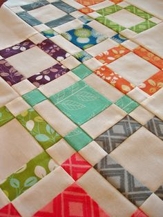 Moda Bake Shop: Tutorial is for a table runner/I like the fabric she chose for hugs and kisses block