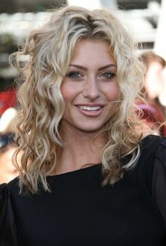 @Sasha Boyd I kinda want a perm with this size of curls....  Ali Michalka