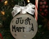 I might just have to make something like this, since Brad and I are getting married right before Christmas.