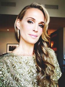 Beauty How To: Molly Sims' Makeup for Marchesa Spring 2014 | Molly Sims