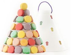 Celebrate at your tea party with Lette Macarons Paulette! Custom Packaging, Packaging Design, Branding Design, Macarons, Macaroon Tower, Macaroon Cake, Macaron Packaging, Cookie Display, Packaging Suppliers