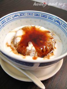 Gula Melaka Sago (Sago pudding with palm sugar)