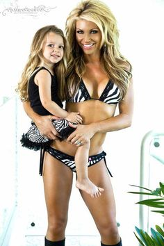 Kim Dolan Leto - 42 years old. I love fit mom's! That's awesome! I probably will never look like that cuz I'm bigger boned, but I do wanna be a fit mom :)