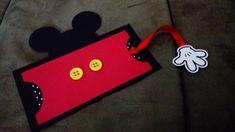 Convites personalizados do tema Mickey, confeccionados manualmente e com muito carinho!  Tamanho do convite 15x12cm
