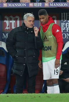 Manager Jose Mourinho of Manchester United speaks to Marcus Rashford during the Premier League match between Crystal Palace and Manchester United at. Marcus Rashford, Manchester United Football, Premier League Matches, Girl Short Hair, Crystal Palace, Arsenal Fc, Football Players, Hot Guys, Soccer