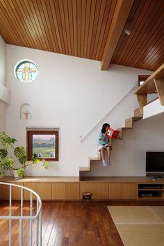 専門家:長浜信幸が手掛けた、ロフトへの階段(眺めの良いルーフテラスの家)の詳細ページ。新築戸建、リフォーム、リノベーションの事例多数、SUVACO(スバコ)