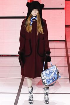 Anya Hindmarch Fall 2016 Ready-to-Wear Collection Photos - Vogue