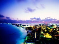 Gorgeous photo of Cancun!
