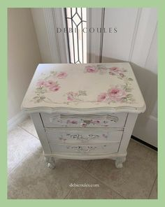 Shabby French Chic Vintage Style Accent Table With Drawers by Debi Coules Debi Coules Original Hand Painted Romantic Shabby Chic Style Artwork Shabby French Chic, Shabby Chic Style, Shabby Chic Mode, Romantic Shabby Chic, Shabby Chic Living Room, Shabby Chic Bedrooms, Shabby Chic Kitchen, White Bedrooms, Shabby Chic Crafts