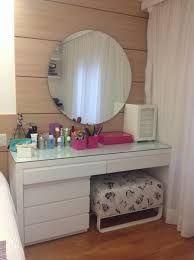 Resultado de imagem para penteadeiras espelho redondo