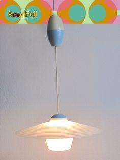 Esstischlampe mit Zug und 2 Glasschirmen, 50er von ROOM FULL auf DaWanda.com