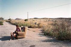 """En images : l'attente des prostituées sur les routes d'Espagne. Txema Salvans, """" The Waiting Game """"."""