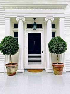 Entrance to Aerin Lauder's Southampton home. Great picture taken by Stacey Bewkes