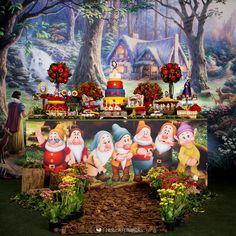 Birthday Party Decorations, Party Themes, Birthday Parties, Snow White Birthday, Trunk Or Treat, Ideas Para Fiestas, Princess Party, Girl Birthday, First Birthdays