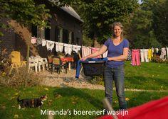 Miranda's boerenerf waslijn - fotoproject 'Waslijnen vol verhalen' Style, Swag, Outfits