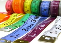 All tape measures are not created equal! Find out how they're different, and how to choose the right one for the job. #sewing #quilting #homedecor Dritz make something blog.