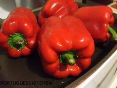 Portuguese Kitchen: Red Capsicum Paste - Massa de Pimentao