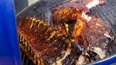 Costolette di maiale alla brace con salsa BBQ: ecco la ricetta originale.