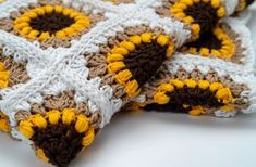 FREE Crochet Pattern - The Sunflower Blanket by BrennaAnnHandmade Crochet Square Blanket, Granny Square Crochet Pattern, Crochet Squares, Crochet Blanket Patterns, Crochet Motif, Crochet Designs, Crochet Stitches, Double Crochet, Knitting Patterns