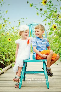Brother & Sister, siblings, sunflowers