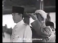 Pelantikan Presiden RIS Pertama Soekarno - 1st President of Indonesia