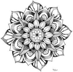 Mandala Tattoo Mann, Tattoos Mandalas, Simple Mandala Tattoo, Geometric Mandala Tattoo, Geometric Tattoo Design, Mandala Tattoo Design, Tattoo Designs, Mandala Drawing, Cover Up Tattoos