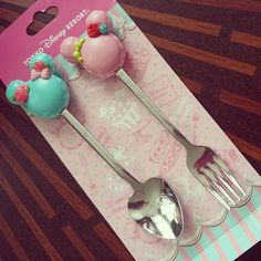 Minnie Mouse Macaron Spoon and Fork at Tokyo Disneyland #WANT #NEED #GIMME