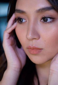 Natural Glowy Makeup, Filipina Actress, Daniel Padilla, Cant Help Falling In Love, Kathryn Bernardo, Jadine, Girl Crushes, Asian Beauty, Makeup Looks