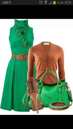 2b887dc8 Green dress with cognac Celebridades, Trajes, Vestidos, Combinación De  Colores, Verde,