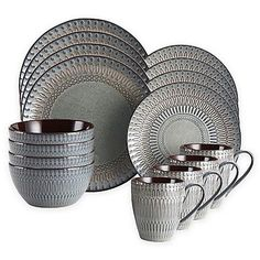 Gourmet Basics by Mikasa stunning Broadway Dinnerware Set features a gorgeous reactive glaze to give each piece a unique, handcrafted look. Crafted of stoneware, this versatile dinnerware includes service for 4 and is microwave and dishwasher safe. Dinnerware Sets For 12, Square Dinnerware Set, Dinnerware Ideas, Farmhouse Dinnerware Sets, Yellow Dinnerware, Casual Dinnerware Sets, Grey Dinner Plates, Mikasa Dinnerware, Stoneware Dinnerware