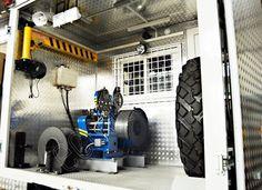Лаборатория исследования скважин на базе ГАЗ 33081 для проведения геофизических исследований с помощью глубинных приборов спускаемых на канатной проволоке. Лаборатория оснащена лебедкой исследовательской с гидравлическим приводом. http://www.ecolite-st.ru/gaz-33081.html