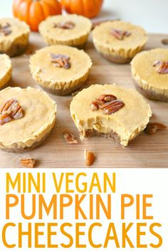 Mini Vegan Pumpkin Pie Cheesecakes - Rich & Creamy (but not too sweet) Pumpkin Pie Bites. Simple and perfect for Fall parties or Thanksgiving. From The Glowing Fridge. Pumpkin Pie Cheesecake, Vegan Pumpkin Pie, Vegan Cheesecake, Pumpkin Recipes, Vegan Sweets, Vegan Desserts, Vegan Recipes, Dessert Recipes, Seafood Recipes