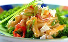 Quick Pasta Salad with feta, mayo and yoghurt.
