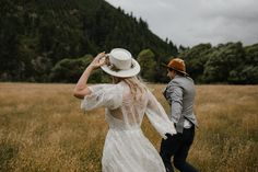 A highlight gallery of the beautiful elopements and intimate weddings I have photographed in New Zealand. Ana Galloway New Zealand Elopement Photographer Intimate Weddings, New Zealand, Photography, Beautiful, Fashion, Moda, Fotografie, Photography Business, Photo Shoot