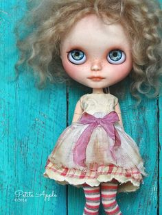 """Blythe doll outfit OOAK """"Cupcake sweetness* -grungy-chic antique dress, embroidery appliqué"""