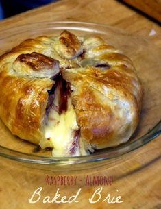 Raspberry-Almond Baked Brie | The Good Hearted Woman