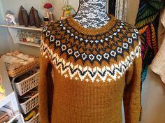 Ravelry: Project Gallery for Riddari pattern by Védís Jónsdóttir Icelandic Sweaters, Sweaters For Women, Men Sweater, Pullover, Ravelry, What To Wear, Knitting, Crochet, Pattern