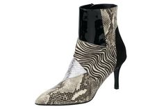 Schuhe24 SALE   Damen Stiefeletten von Clarks beige,braun,grau,rot,schwarz,weiß    5050408970547 57b10f7bb9