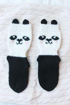 villasukat lapselle Crochet Stitches, Knit Crochet, Baby Knitting Patterns, Knitting Socks, Panda, Knitwear, Diy And Crafts, Knits, Crocheting