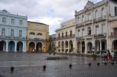 The Plaza de Armas ~ is the oldest square. You can still see some colonial buildings, many converted into museums, including the Museum of the City. The streets surrounding the square (three brick, one wood) are dominated by the best market for second-hand books in town, and there is always music to listen to, often live from the restaurant on the corner of the plaza. #Havana #Sight #Square #Plaza_de_Armas #Habana_Vieje